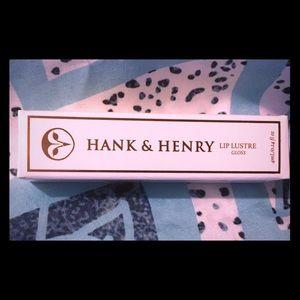 Hank & Henry lip gloss